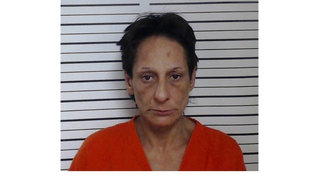 Opelousas woman charged with murder, admits she beat victim to death