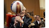 Warren Buffett offering $1 million per year for life in March Madness contest